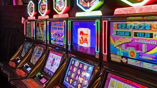 老虎機用100萬英鎊的頭獎吸引賭徒